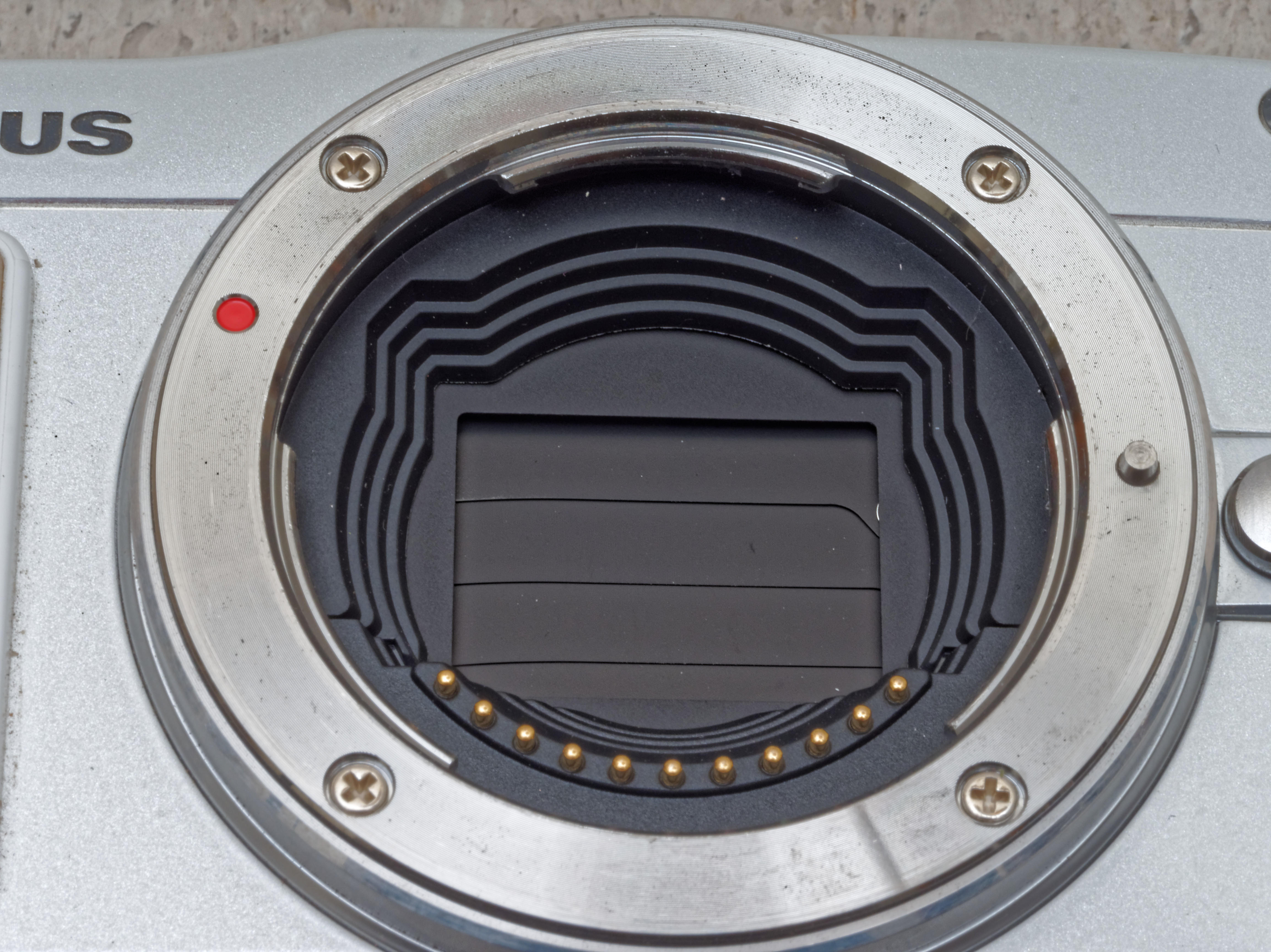 E-MP2-Shutter-1.jpeg