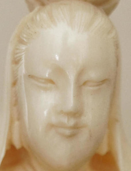 Kuan-Yin-1-200-ISO-detail.jpeg