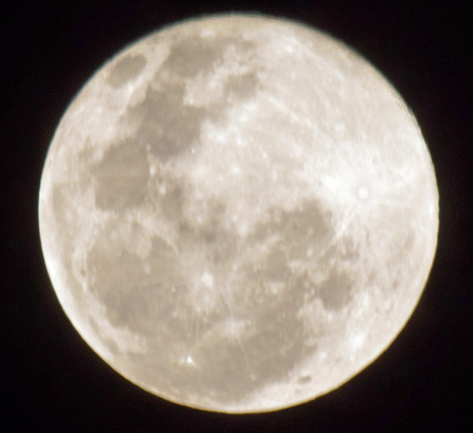 Full-moon-1.jpeg