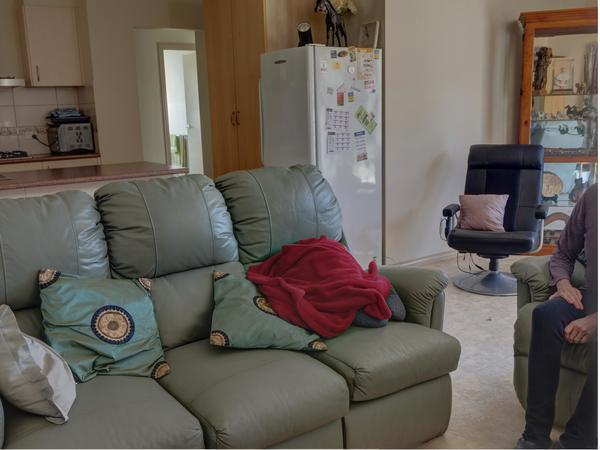 Lounge-room-0.jpeg