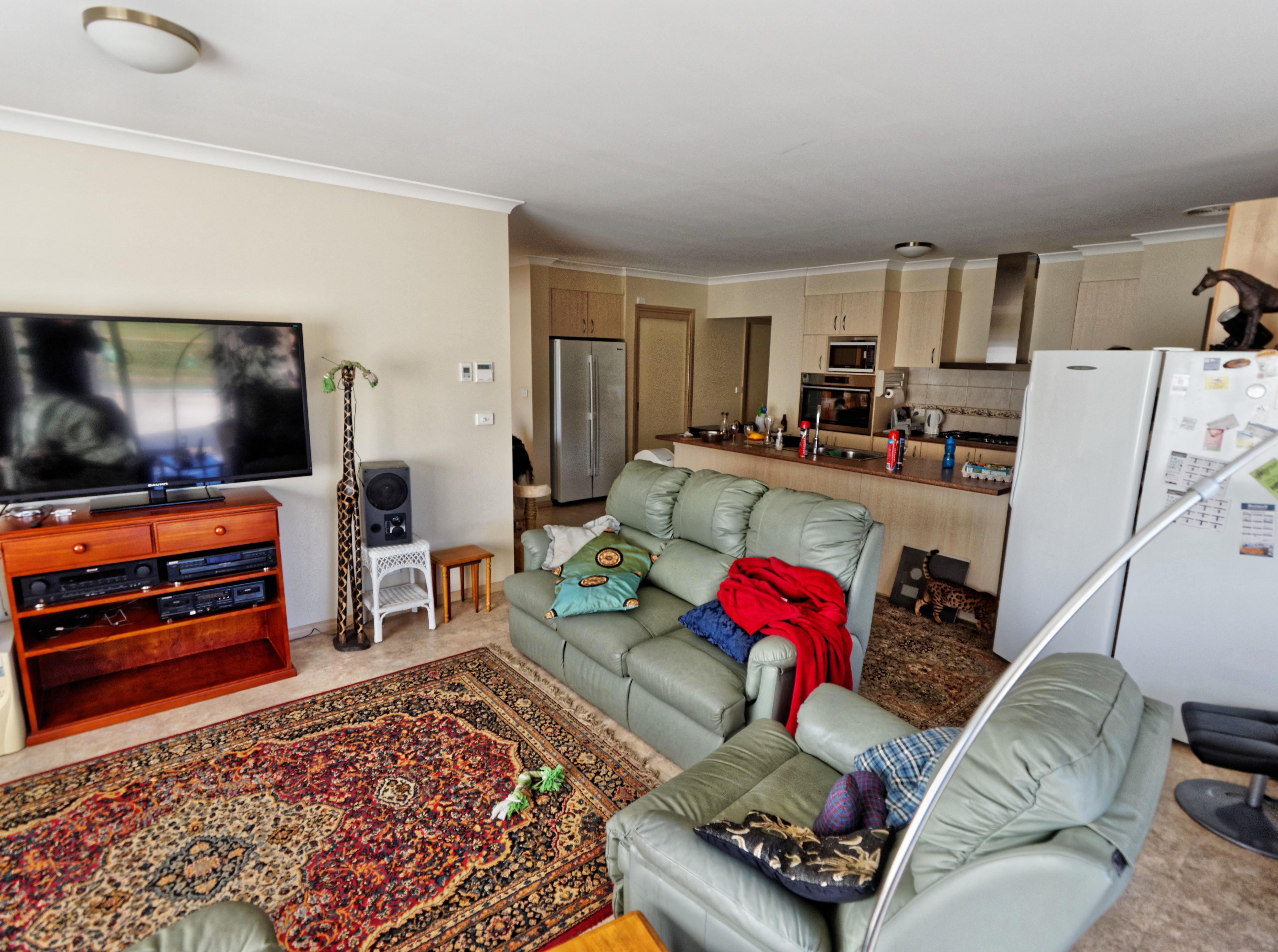 Lounge-room-1.jpeg