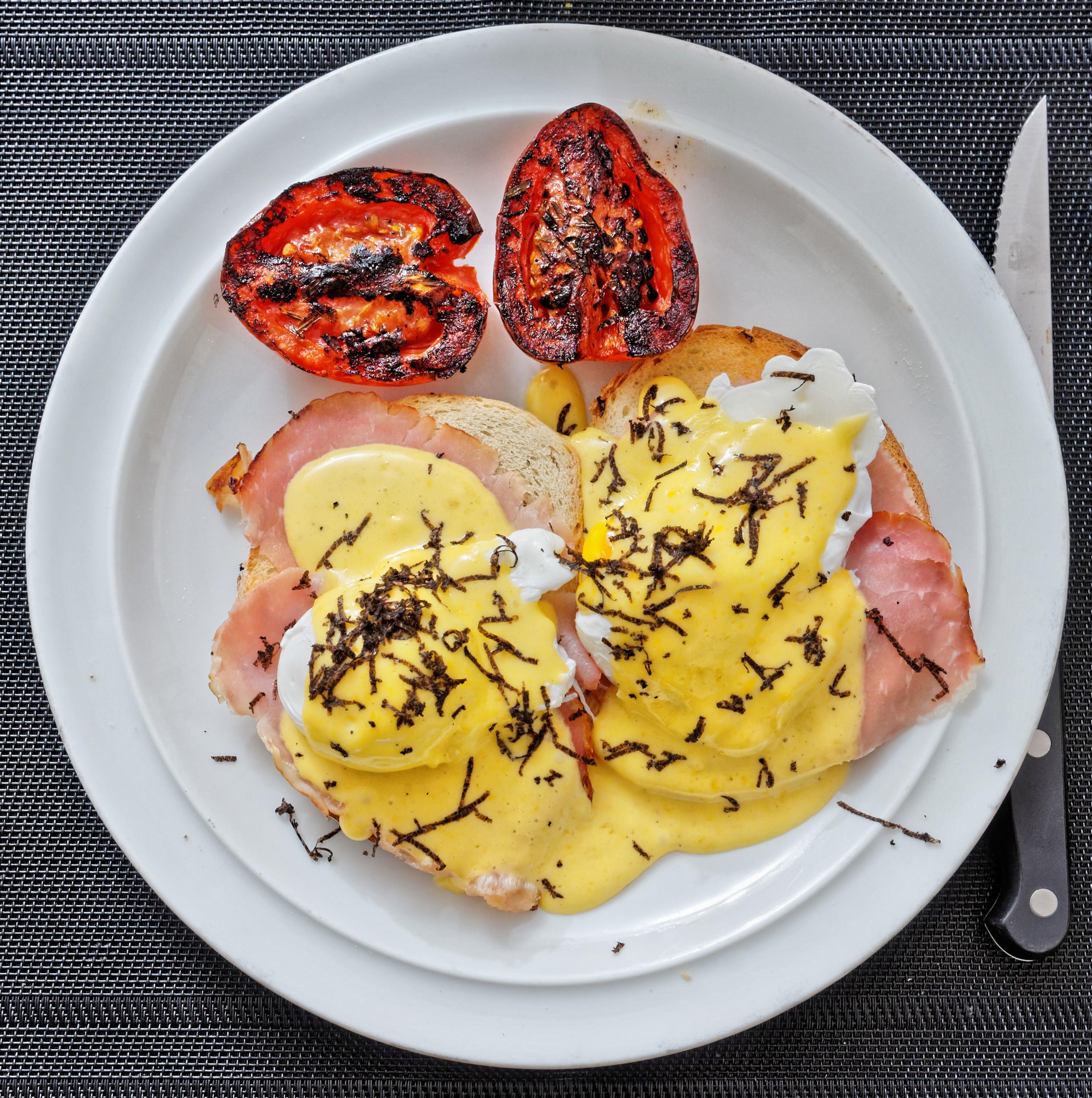 Eggs-Benedict.jpeg