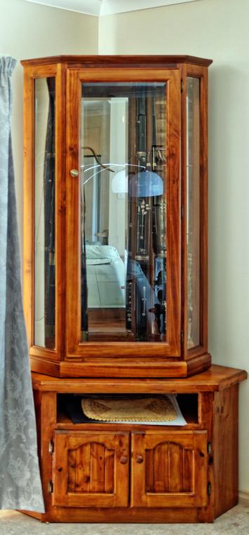 Bassoon-cabinet-2.jpeg
