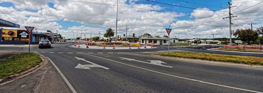 Sebastopol-roundabout.jpeg