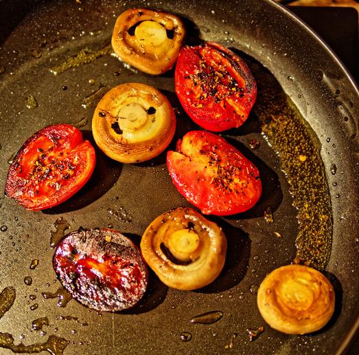 Tomatoes-mushrooms.jpeg