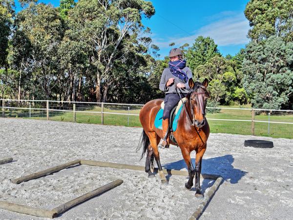 Sharryn-Yvonne-riding-11.jpeg