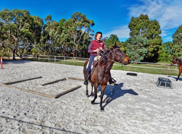 Sharryn-Yvonne-riding-31.jpeg