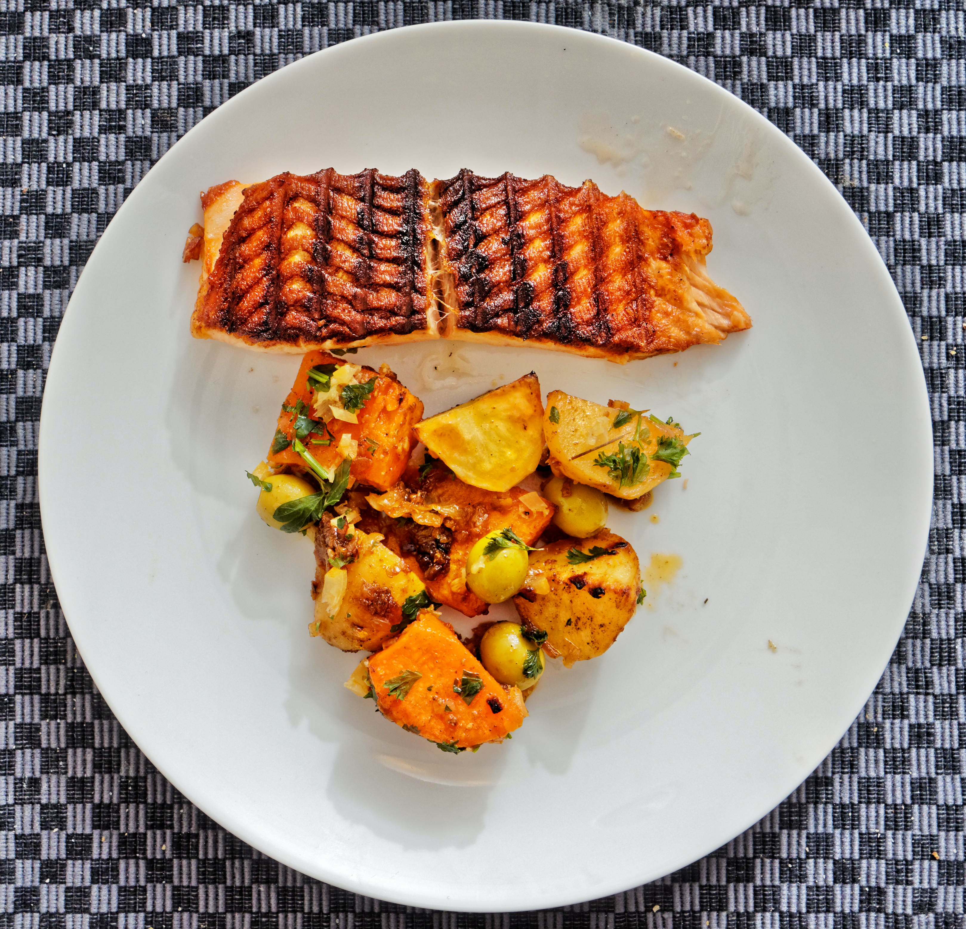 This should be Salmon-with-sweet-potato-and-olives.jpeg.  Is it missing?