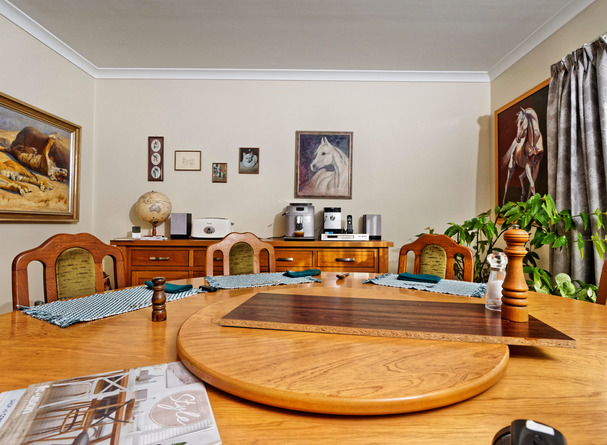 Dining-room-photo-setup-3.jpeg