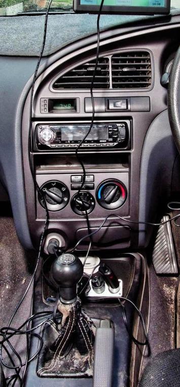 Car-electronics-8-detail-2.jpeg