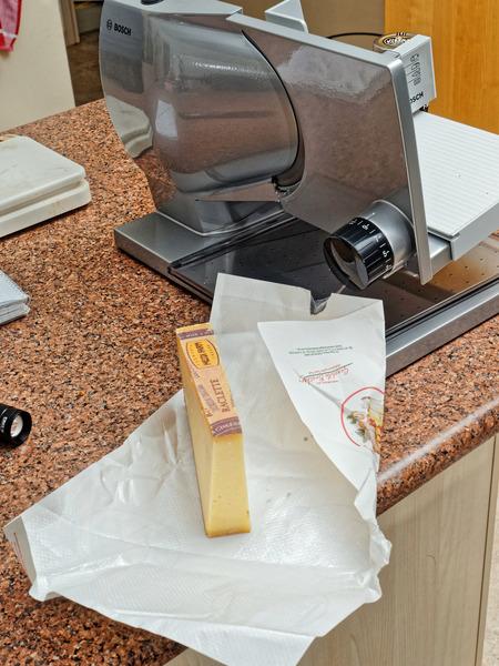 Raclette-cheese-1.jpeg