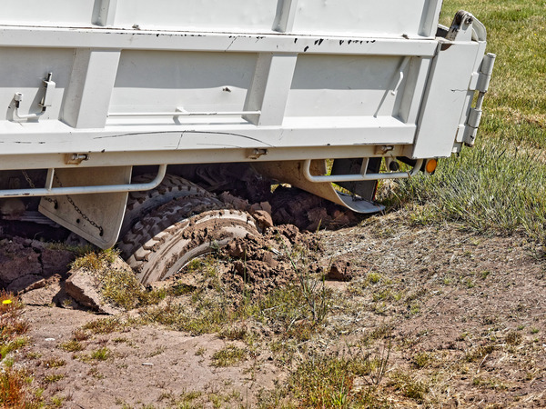 Bogged-truck-2.jpeg