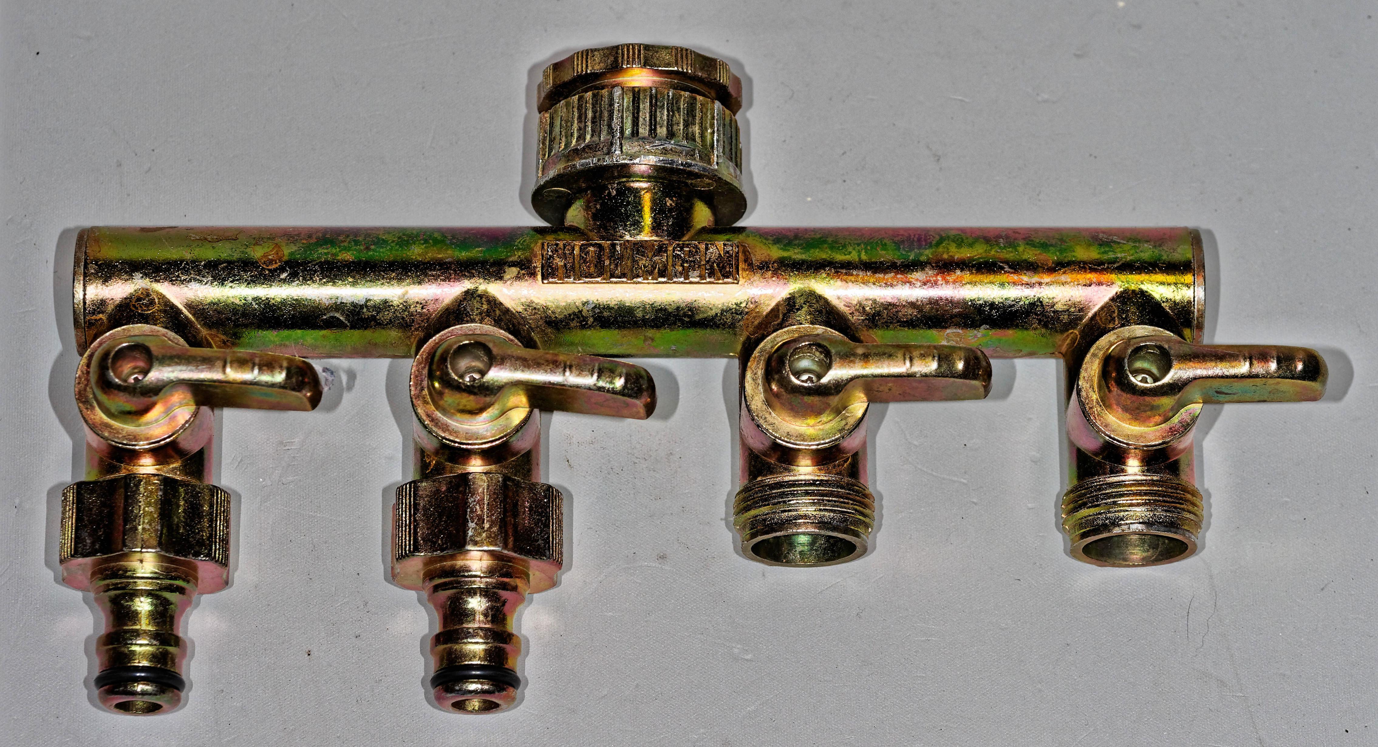 Four-way-adapter-2.jpeg