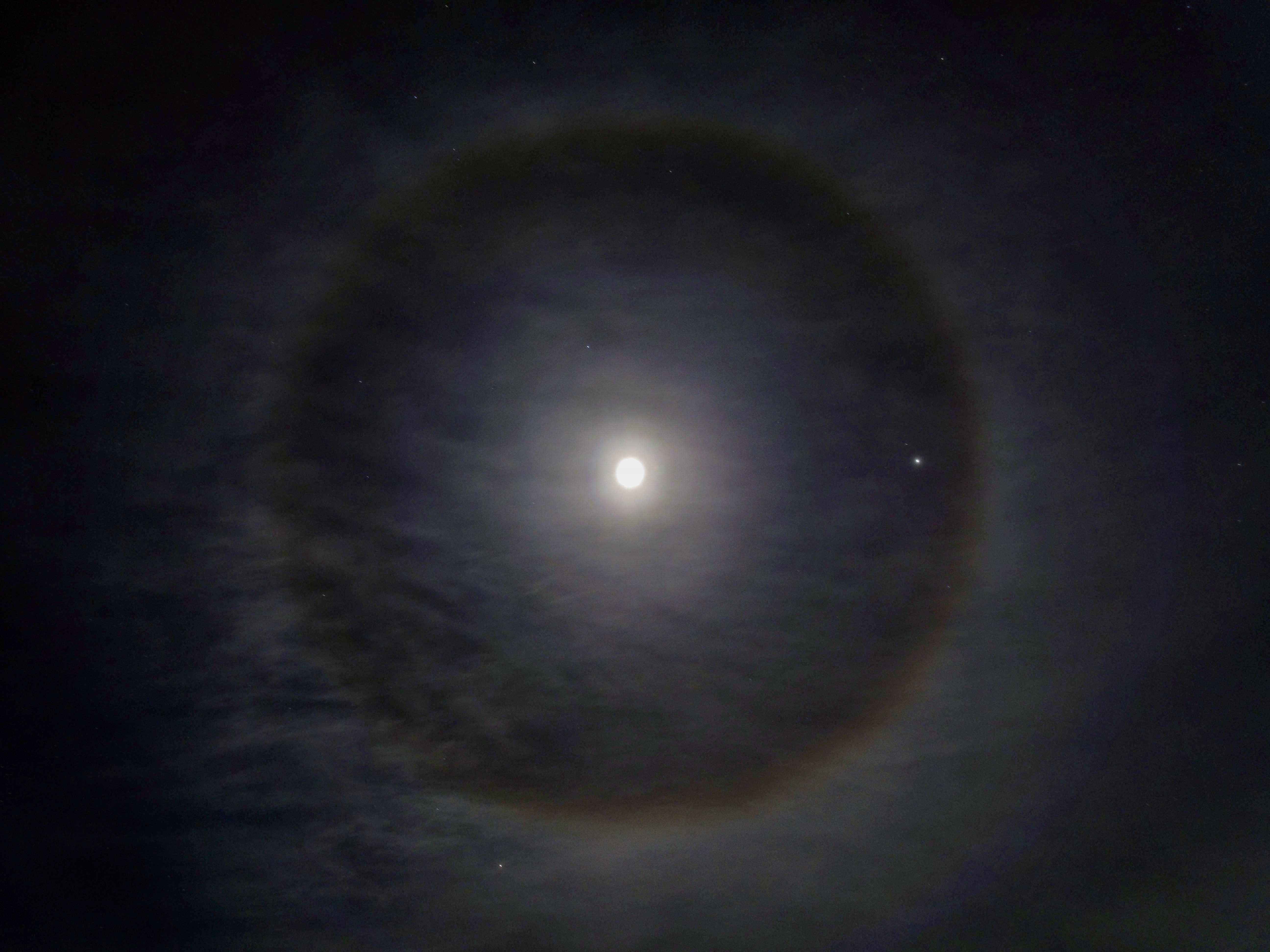 Moon-halo-3.jpeg