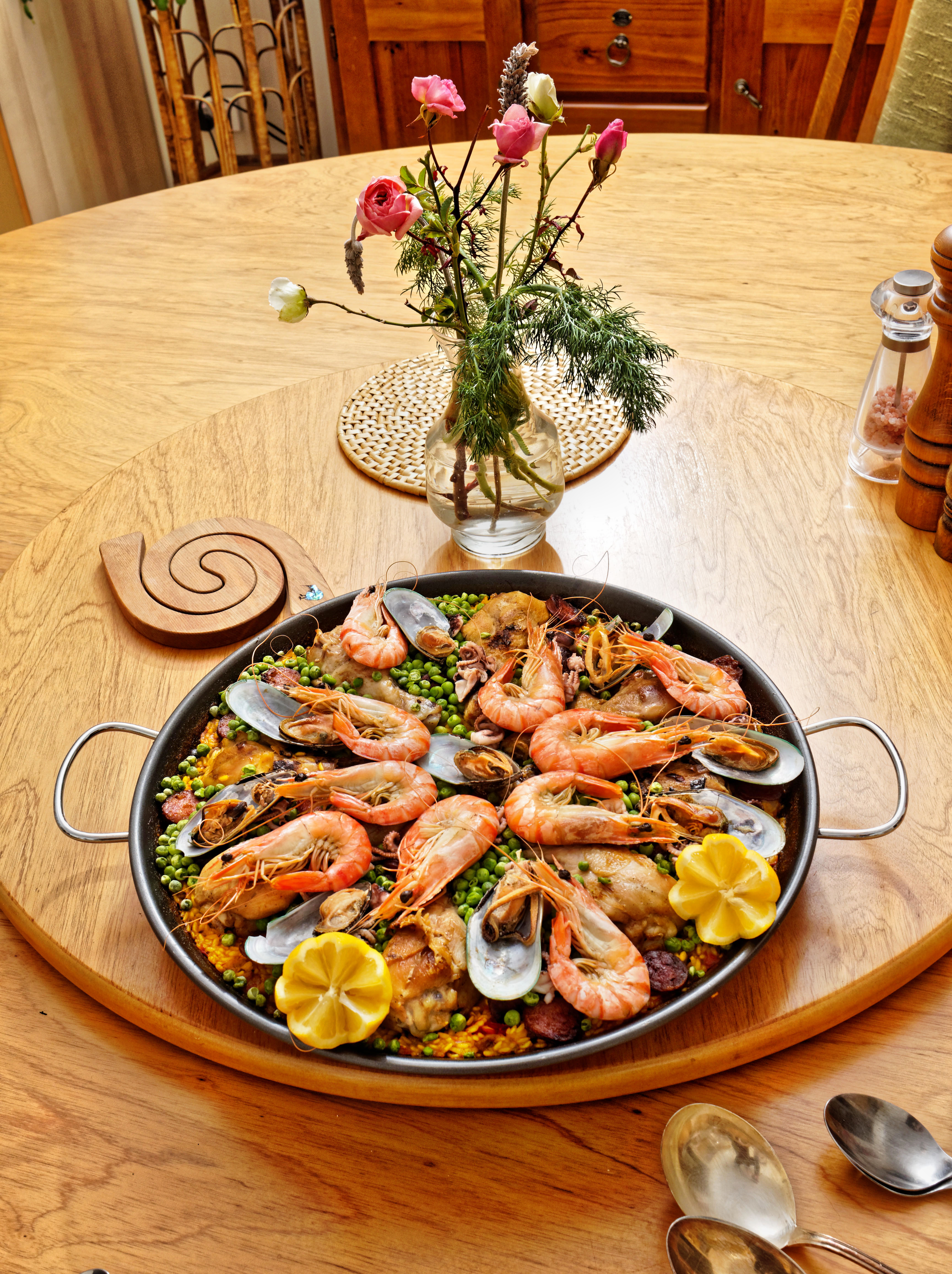 This should be Paella-5.jpeg.  Is it missing?
