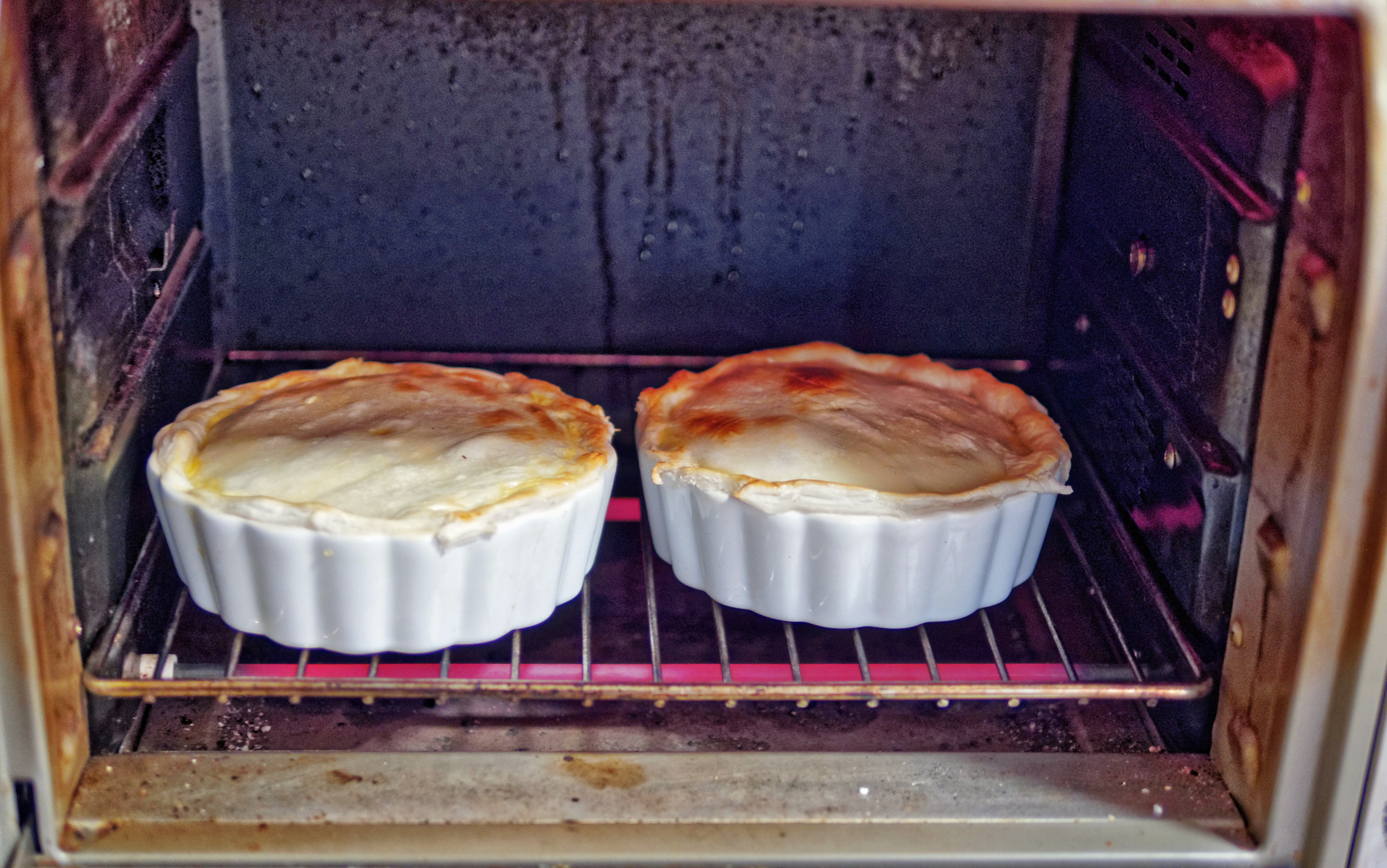 Steak-and-kidney-pie-3.jpeg