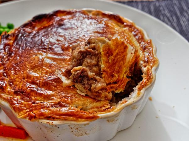 Steak-and-kidney-pie-13.jpeg