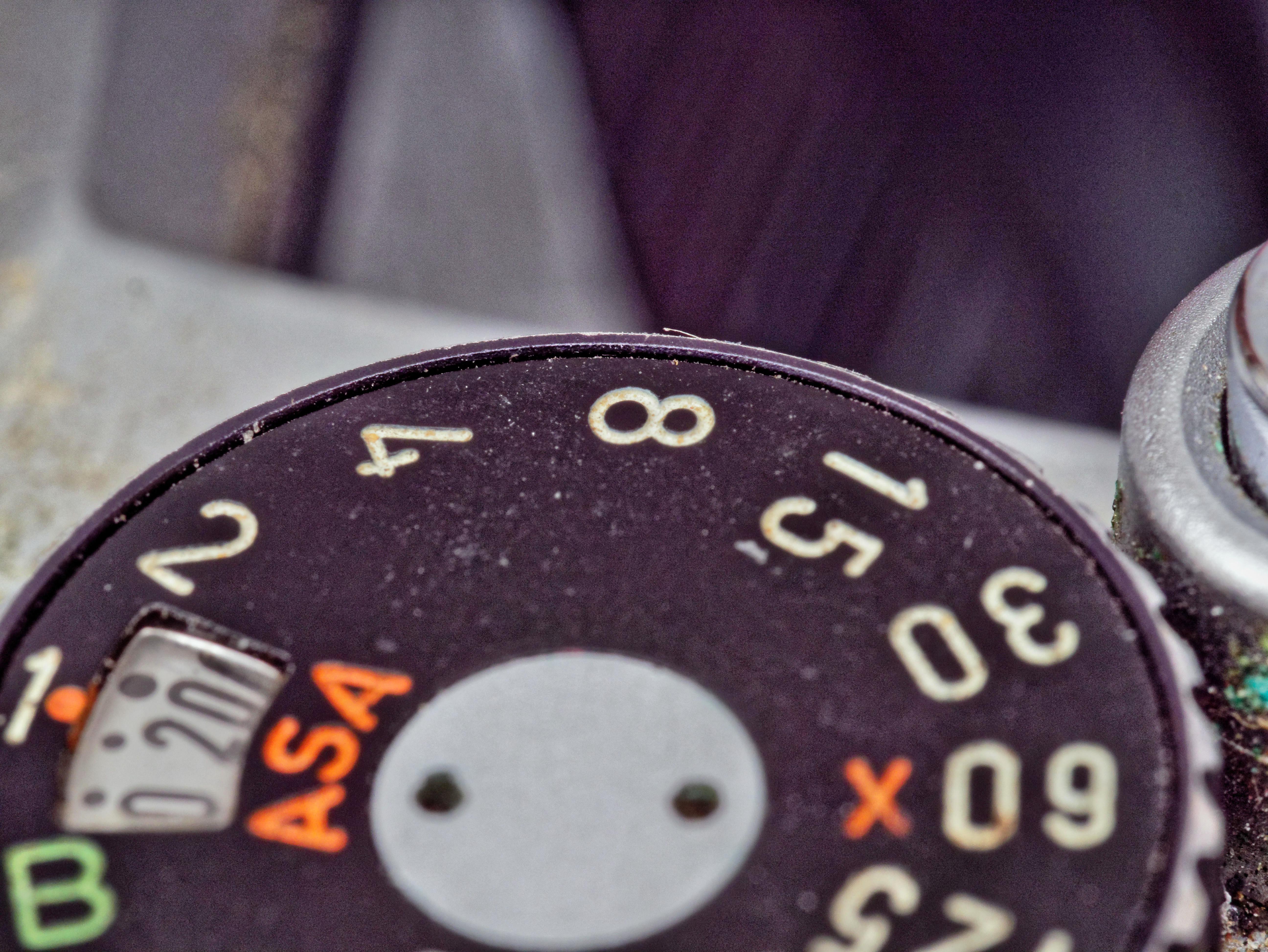 Pentax-KM-Shutter-Dial-4.jpeg