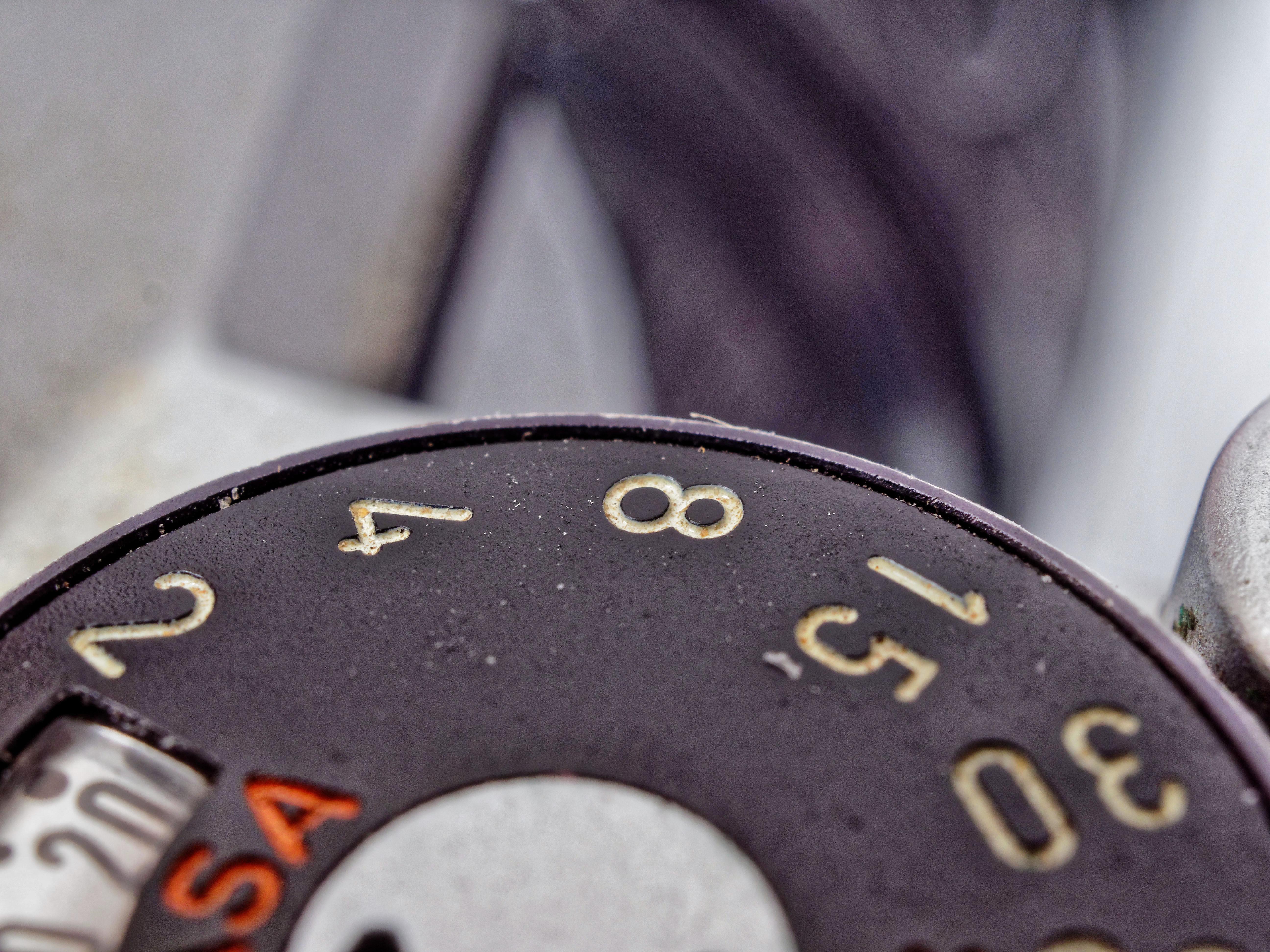 Pentax-KM-Shutter-Dial-5.jpeg