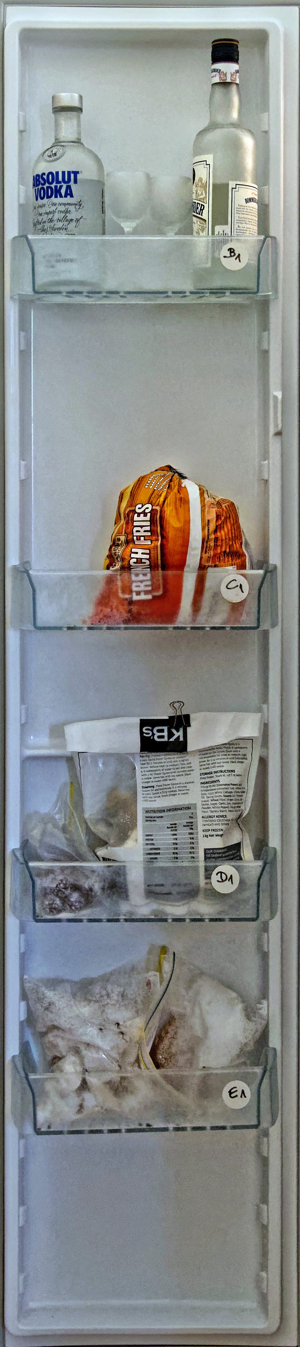 This should be Old-fridge-2.jpeg.  Is it missing?