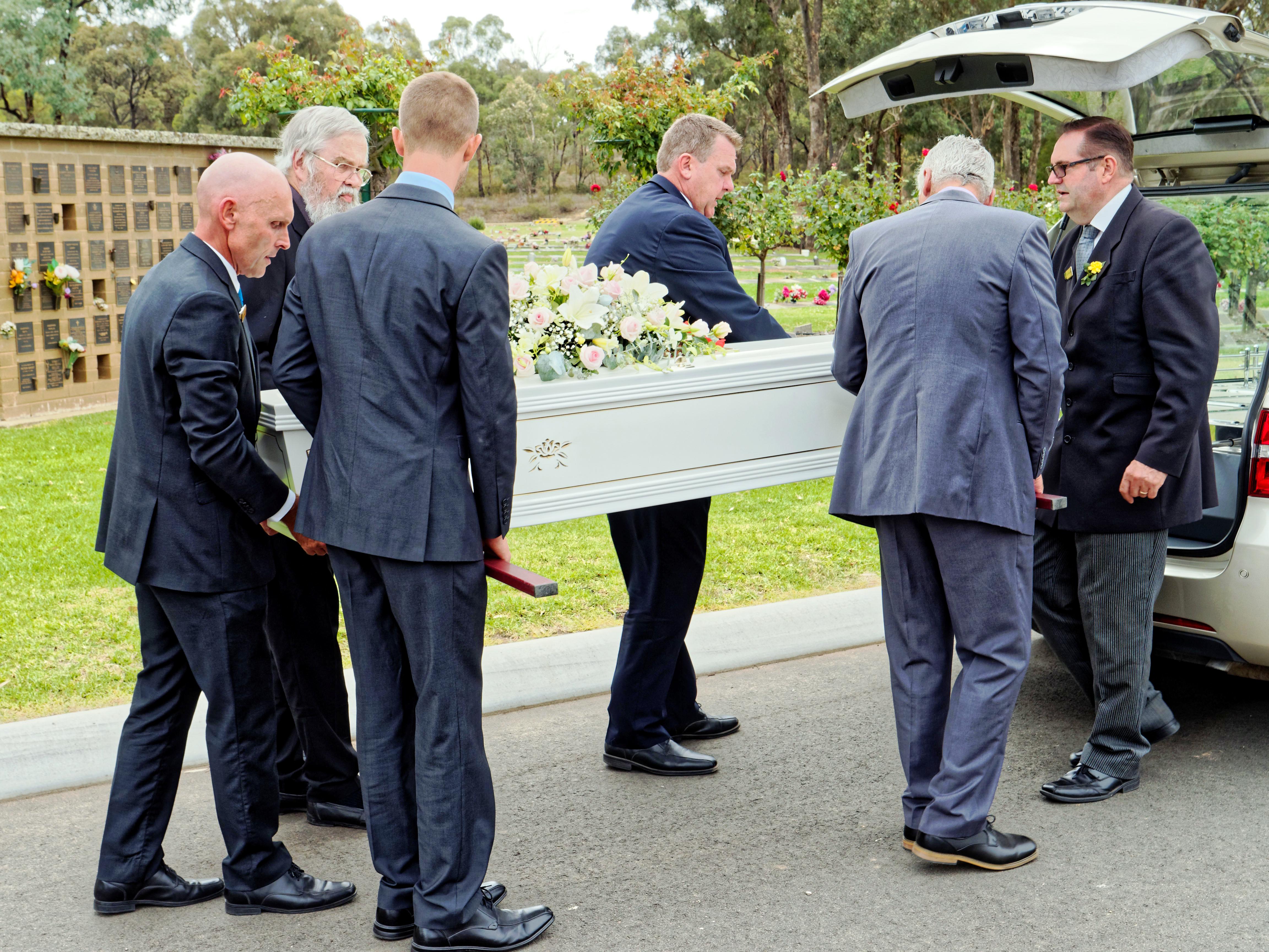 Funeral-35.jpeg