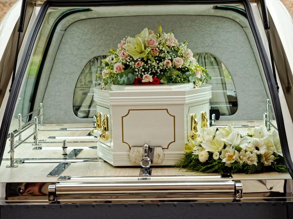 Funeral-33.jpeg