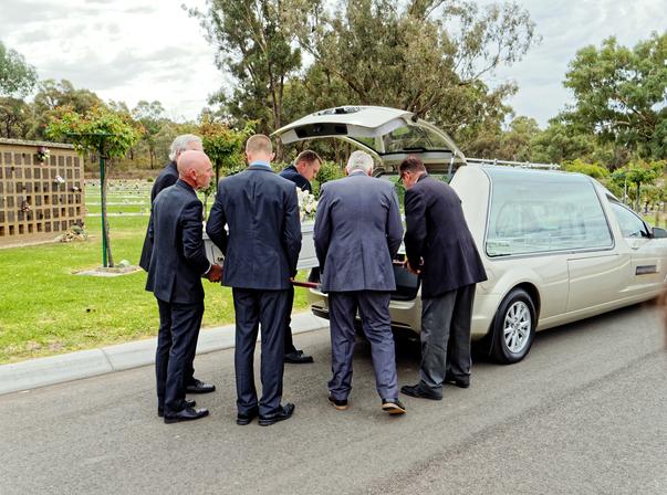 Funeral-34.jpeg