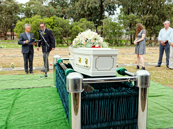 Funeral-42.jpeg