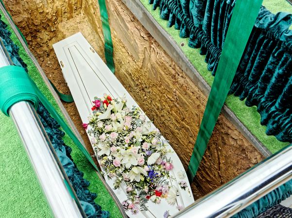 Funeral-46.jpeg
