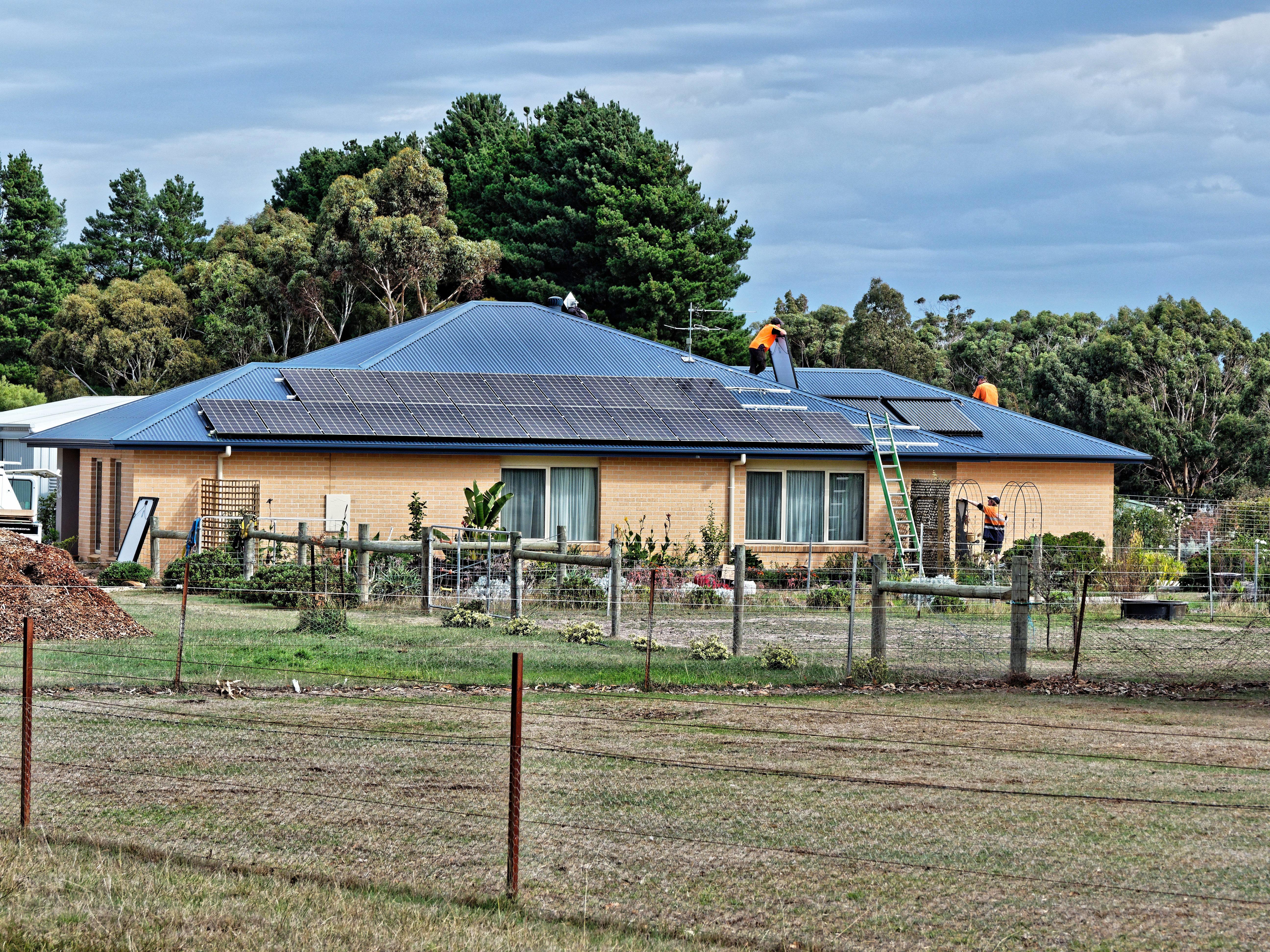 Solar-panels-17.jpeg