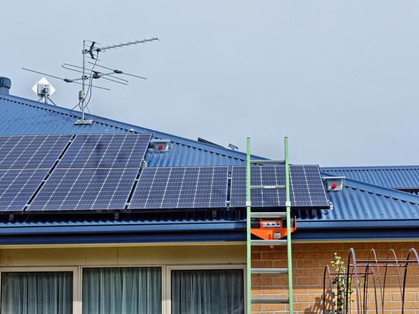 Solar-electricity-11.jpeg
