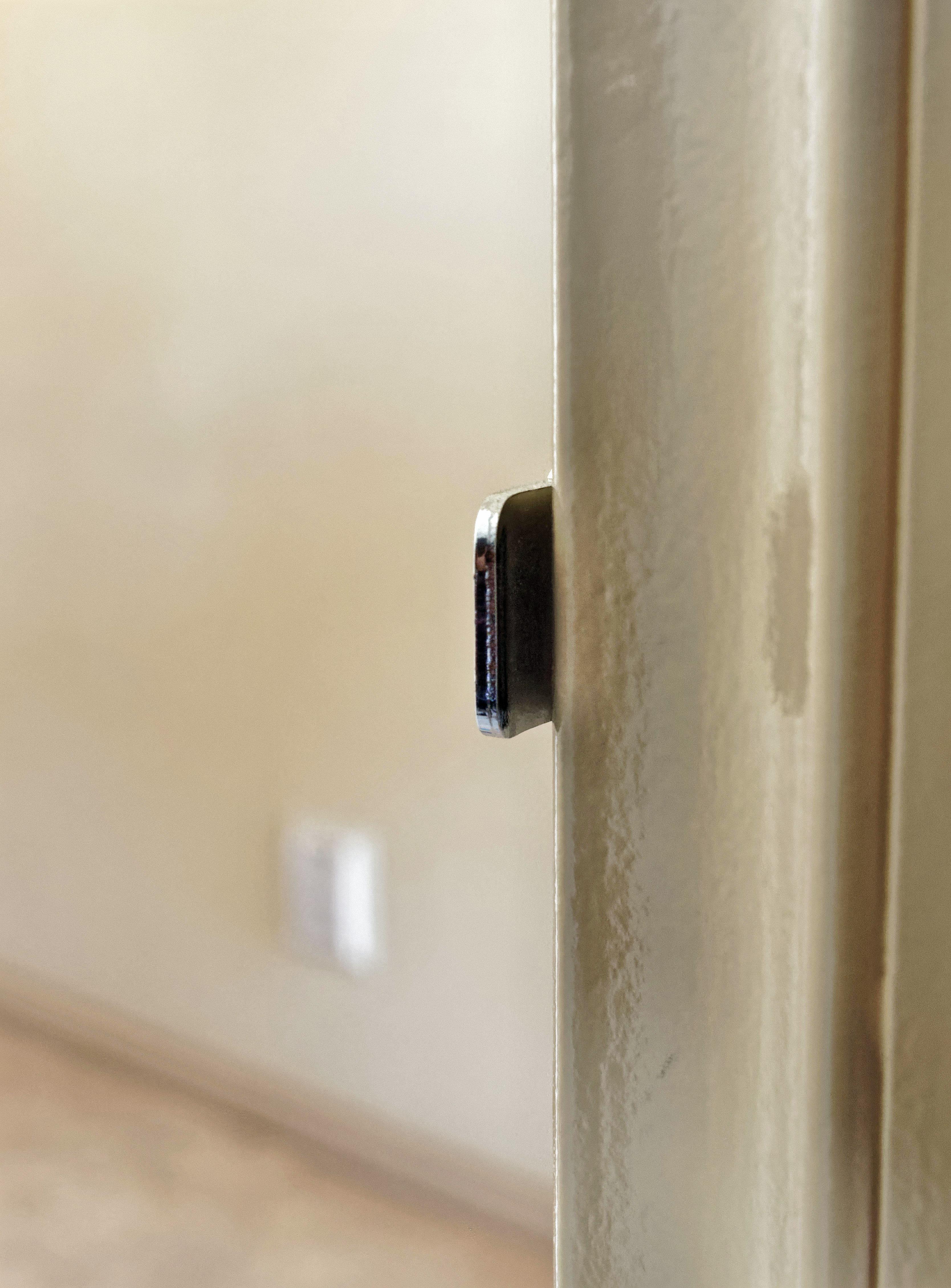 Door-latch-2.jpeg