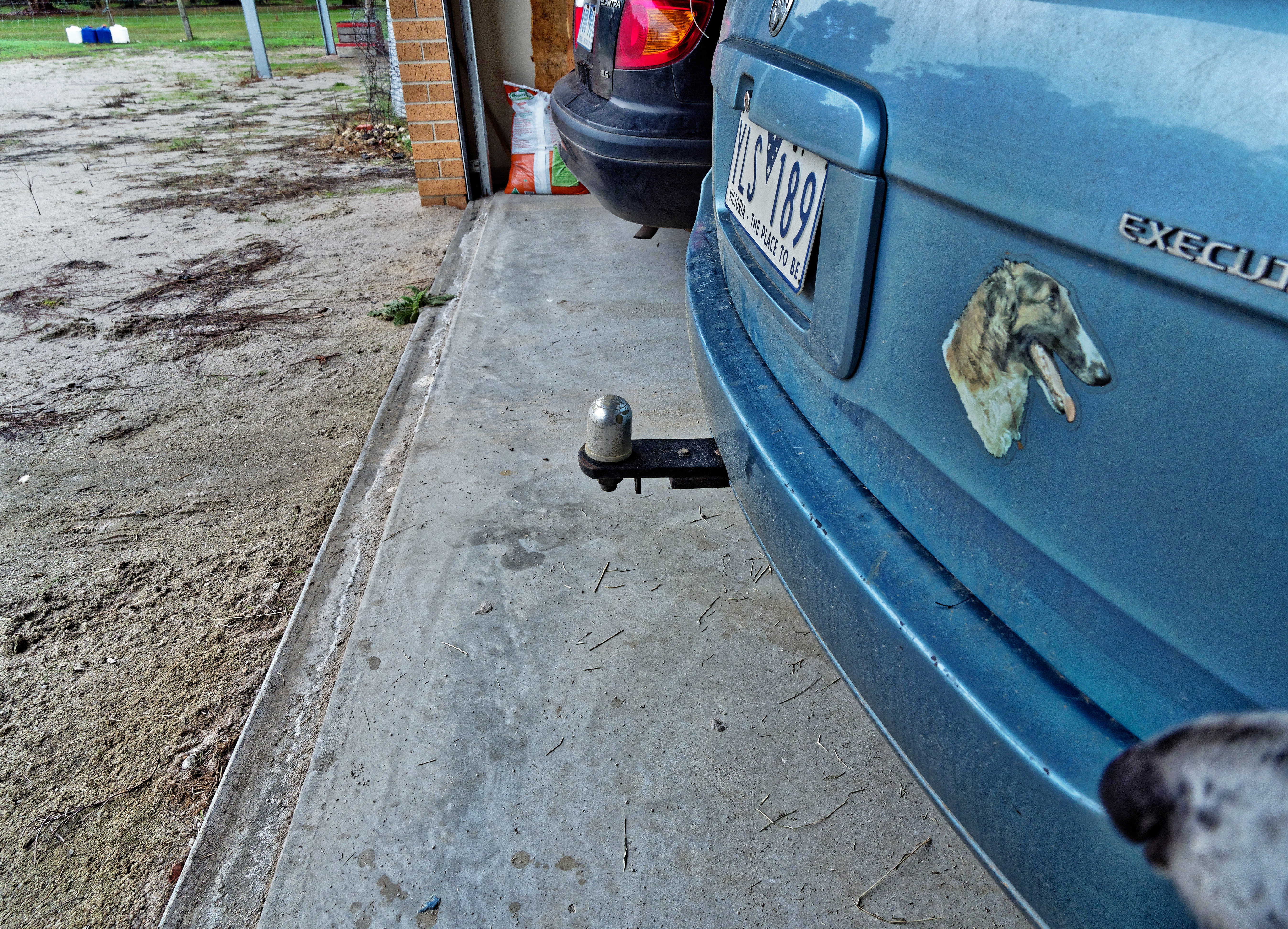 This should be Tow-bar-1.jpeg.  Is it missing?