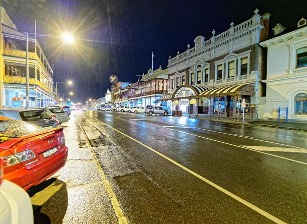 Ballarat-by-night-1.jpeg