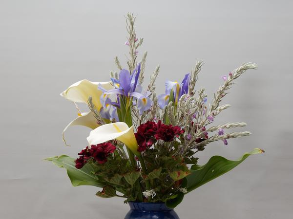 Flower-arrangement-2.jpeg