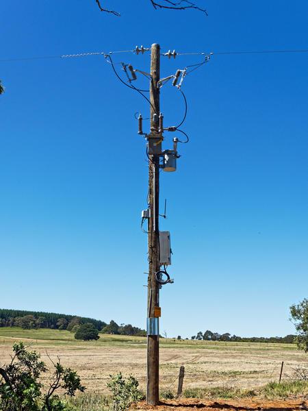 Power-pole-1.jpeg