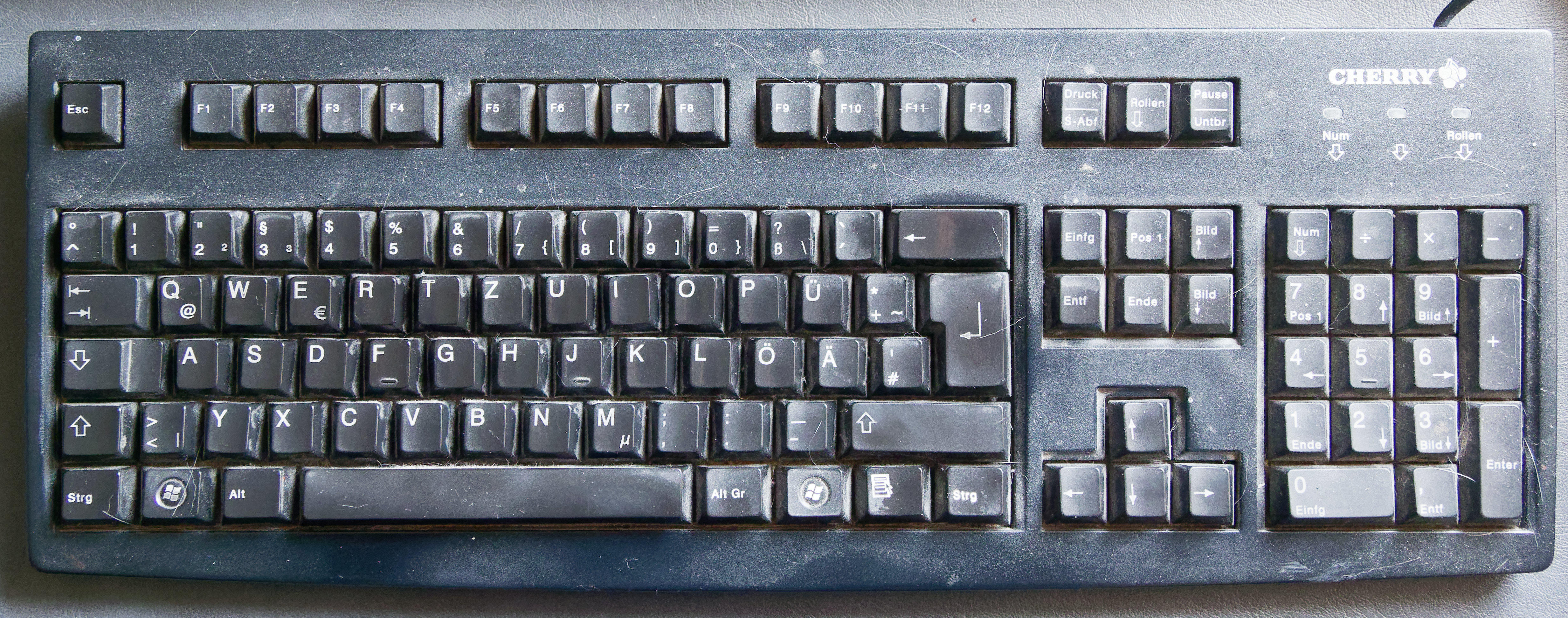 German-Cherry-keyboard.jpeg