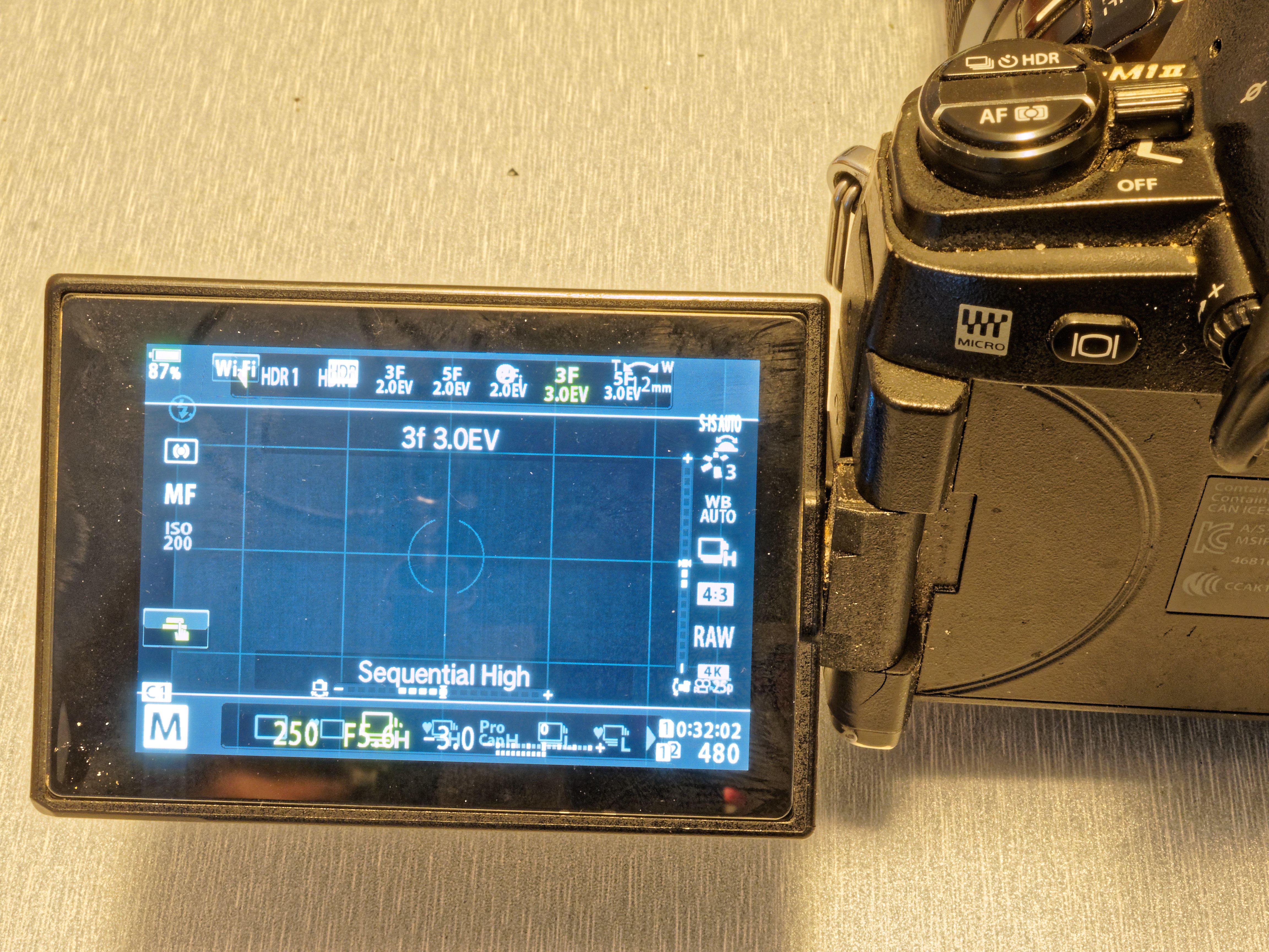 This should be E-M1-II-E-M5-III-comparison-2.jpeg.  Is it missing?