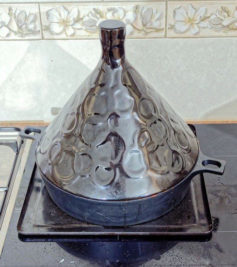 Tagine-on-induction-cooker-1.jpeg