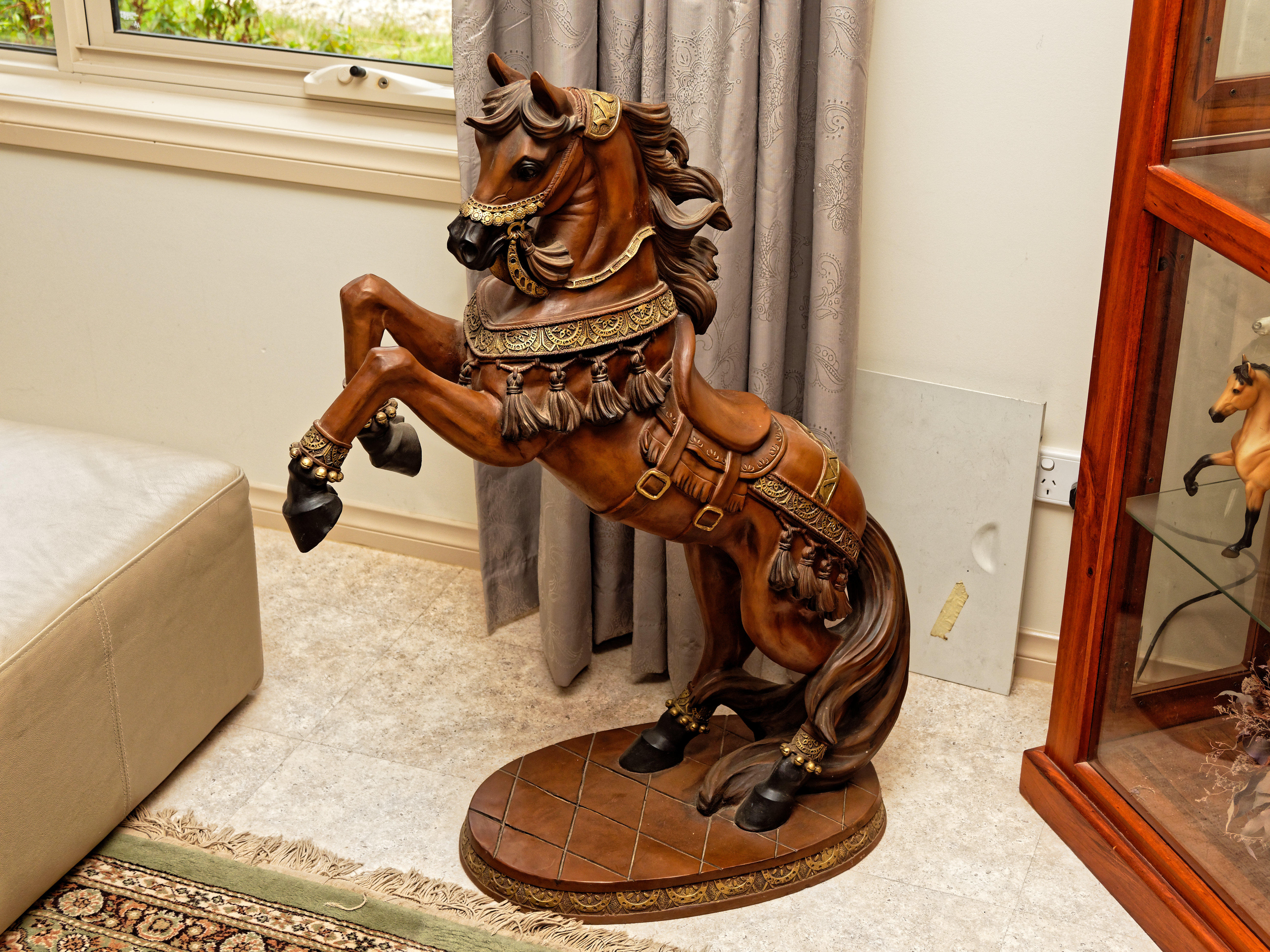 Horse-statue-1.jpeg