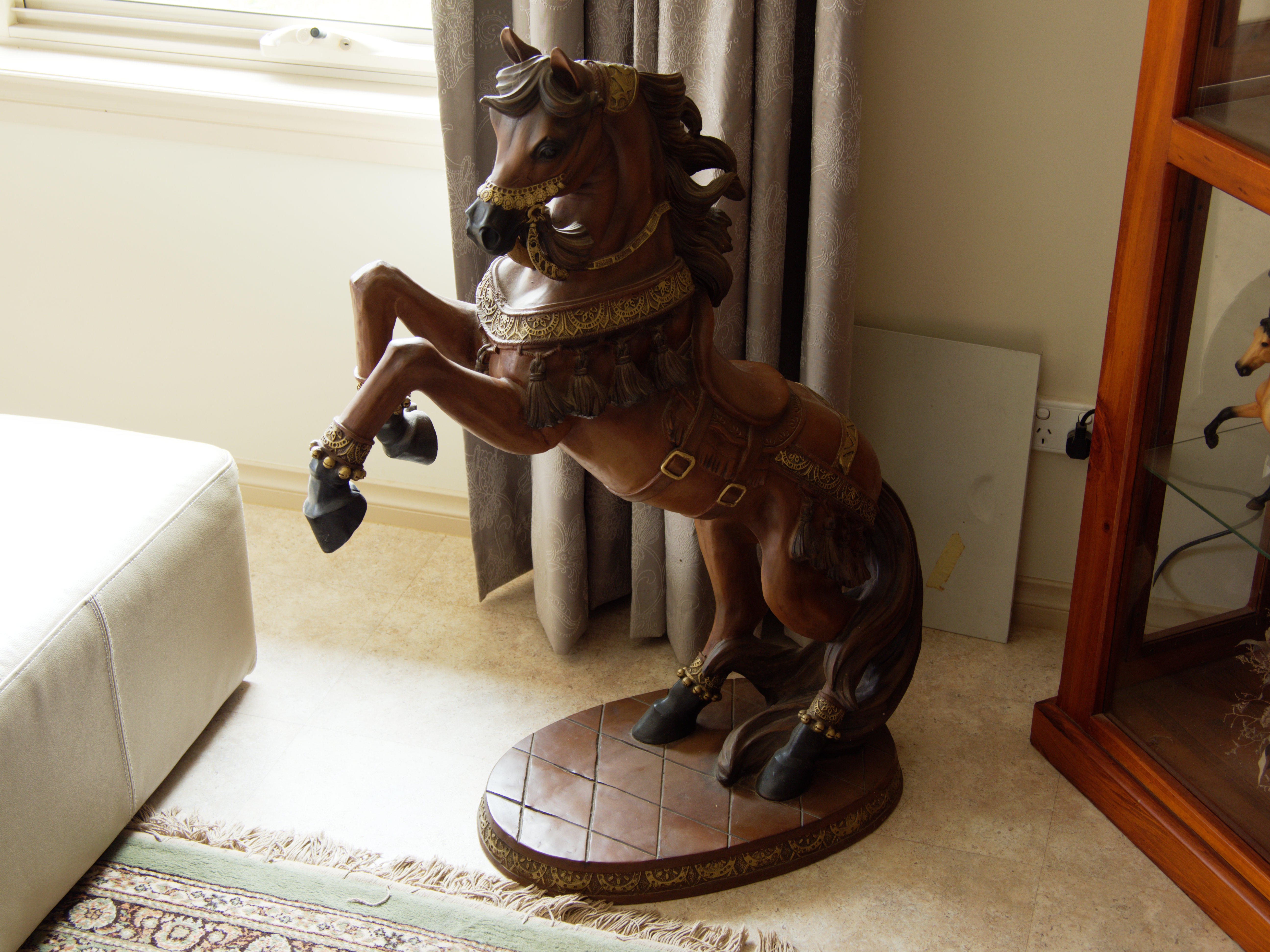 Horse-statue.jpeg