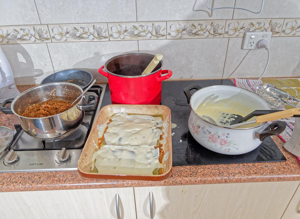 Making-lasagne-5.jpeg