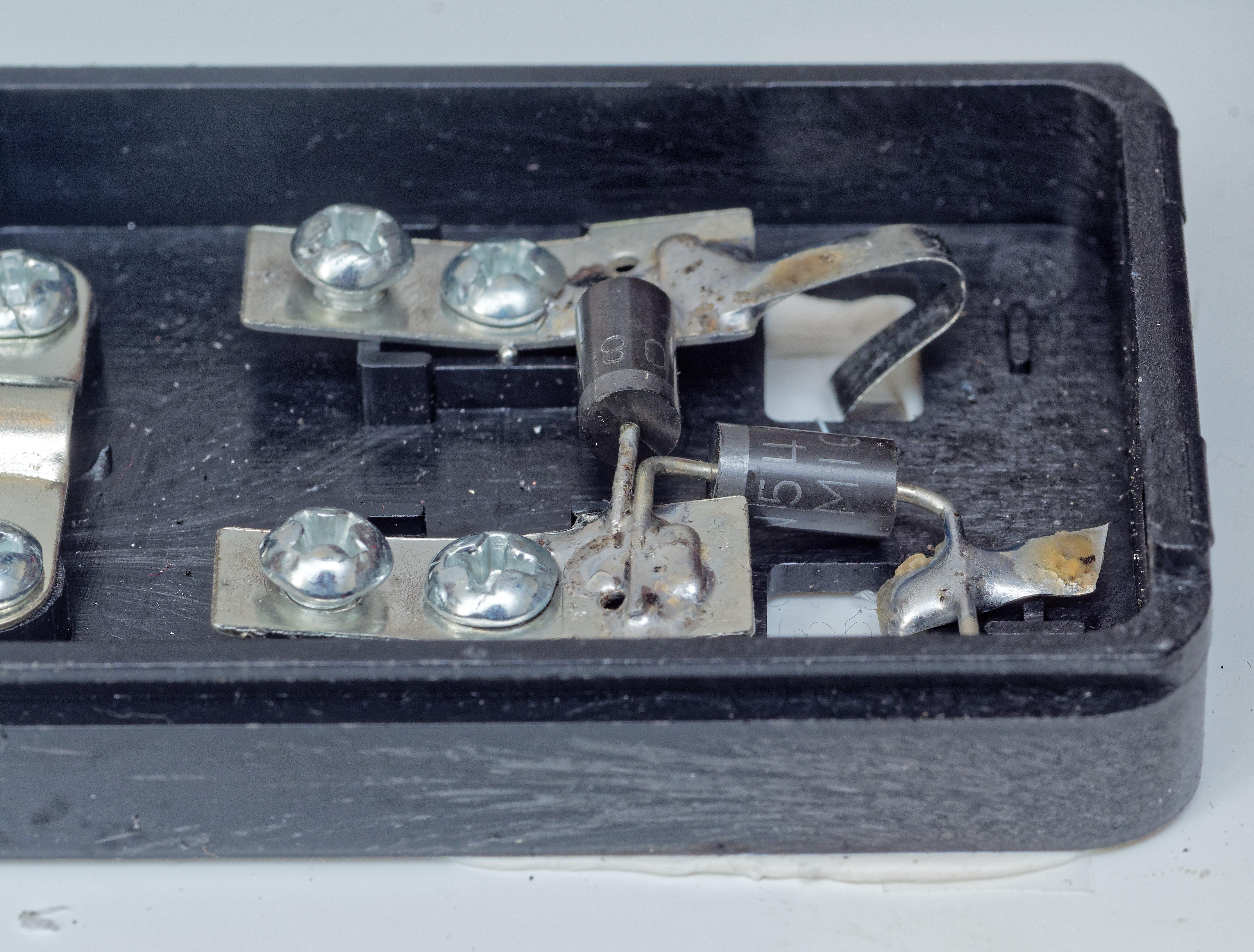 Solar-panel-contact-board-4.jpeg