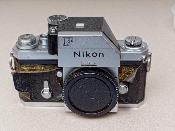 Nikon-F-2.jpeg
