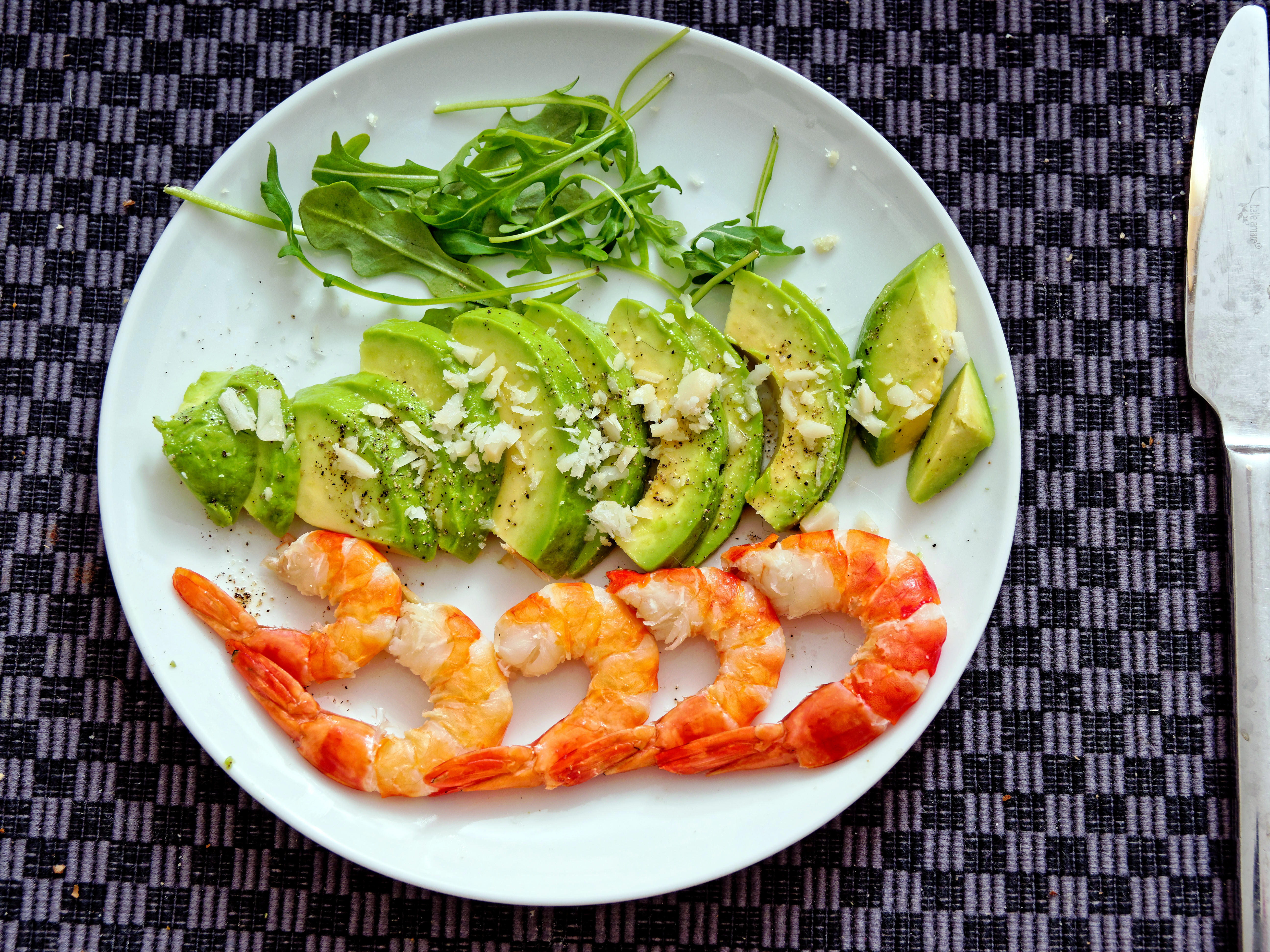 Prawns-and-avocado.jpeg