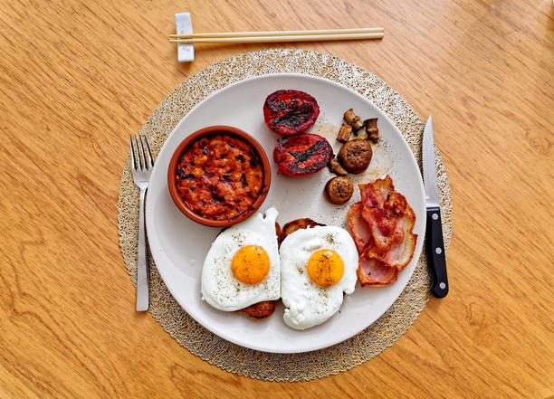 Bacon-eggs-beans-3.jpeg