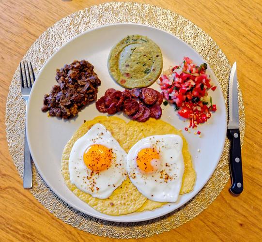Huevos-rancheros-1.jpeg
