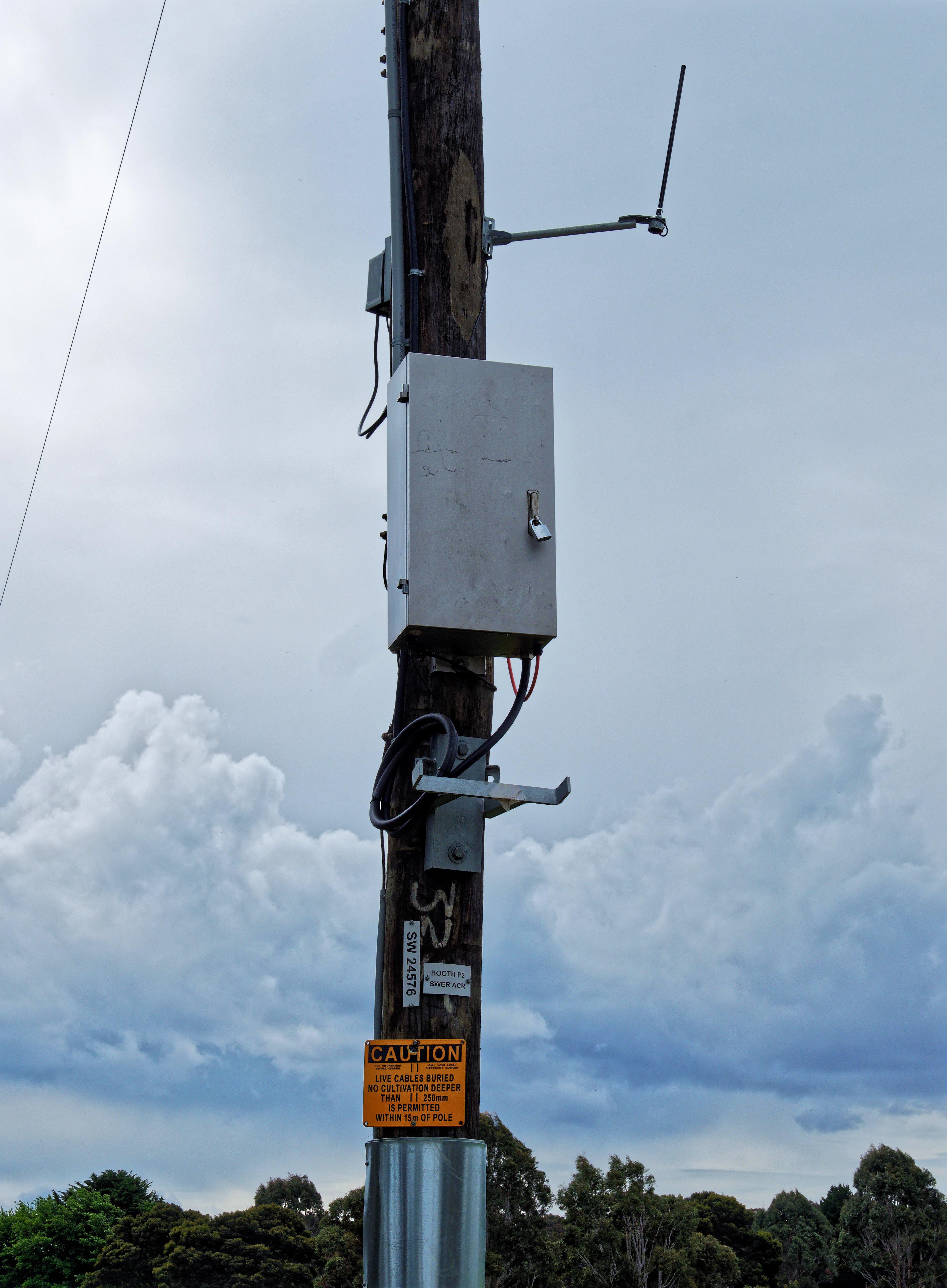 Power-pole.jpeg