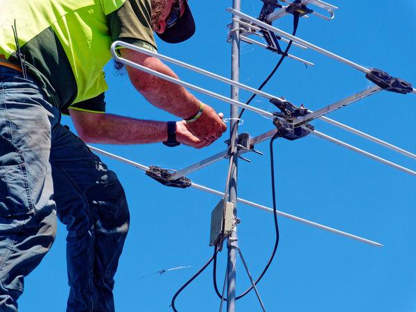 Antenna-repair-5.jpeg