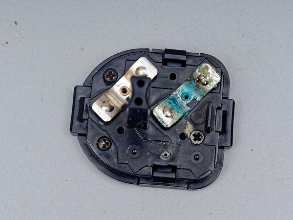 Mecablitz-45-CL-1-batteries-2.jpeg